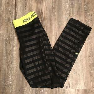 Nike Pro lined leggings
